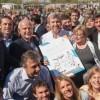 Frigerio anunció en Rufino fondos para viviendas y relajó el clima