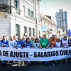 Multitudinaria marcha a Plaza de Mayo
