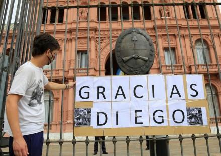 Ultimo adiós a Diego: el pueblo argentino llora la partida de Pelusa
