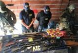 Policías en una banda que vendía municiones como las que se usan en balaceras